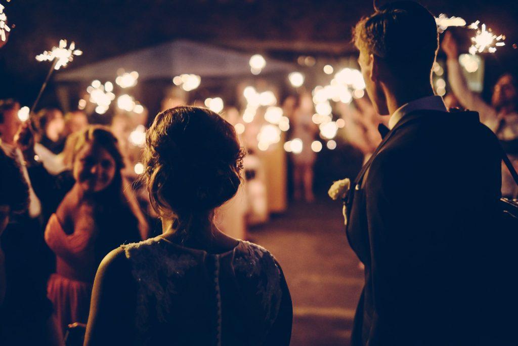 Hochzeitsrede mit Wunderkerzen