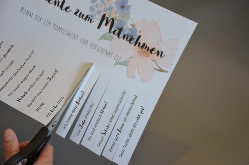 Lustiges für die Hochzeitsfeier: Komplimente zum Abreißen