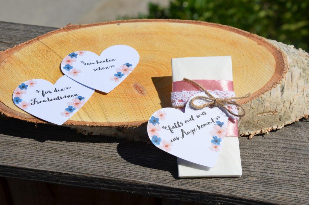 Individuelle Lustige Sprüche für Hochzeitstaschentücher