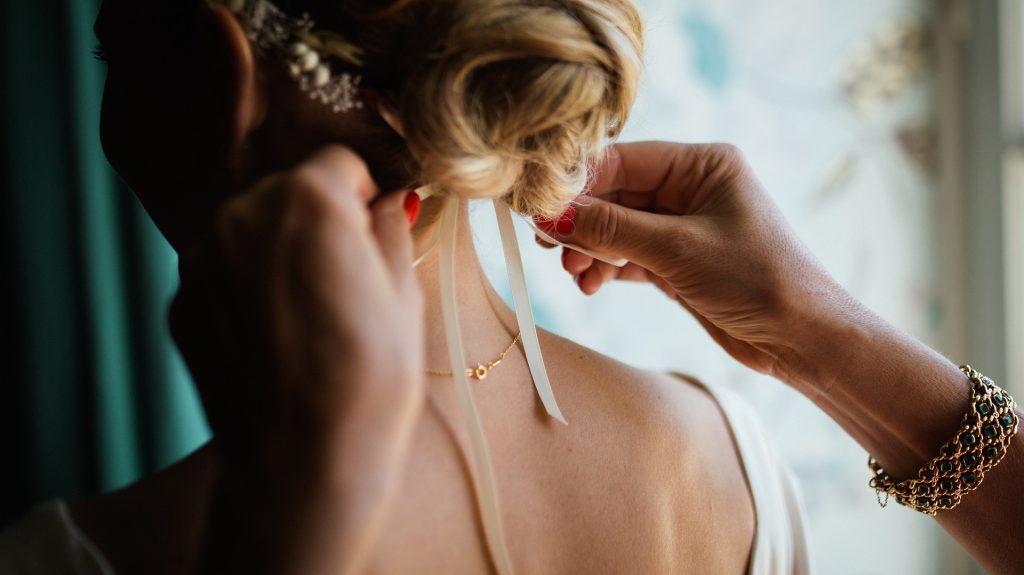 Brautfrisur bei Hitze am Hochzeitstag