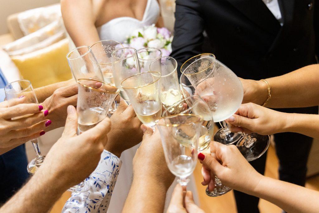 Kühle Getränke bei Hitze am Hochzeitstag
